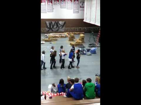 New Glarus high school Homecoming