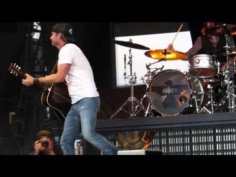 Dierks Bentley~Drunk on a Plane~Heinz Field~6-21-2014