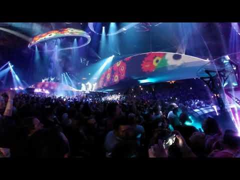 Lady Gaga Applause Live 360 4K Pit Experience Wells Fargo Philadelphia