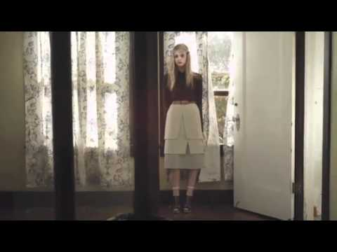 Elle Fanning - Your Song