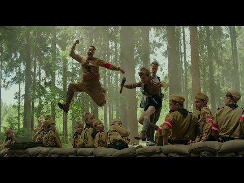 【宇哥】一部恶搞历史人物的战争片,竟获得6项奥斯卡提名,豆瓣8.4《乔乔的异想世界》