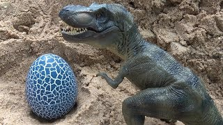 Angry Dinosaur | Tayo steal Eggs of Dinosaurs | Videos Toys for Kids