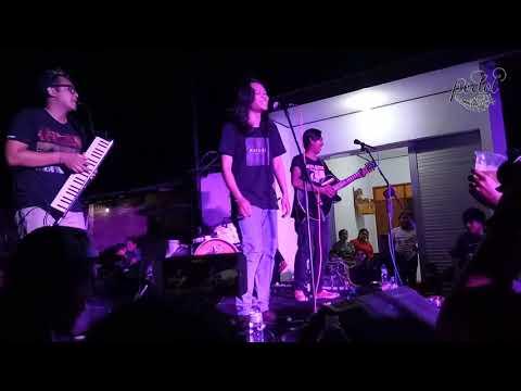 Leeyonk Sinatra -  LDR -  Lelah Dilanda Rindu (solidaritas untuk Karangasem)