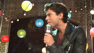 The U Mix Show  Lodovica Comello e Diego Dominguez cantano  Luz, cámara, acción