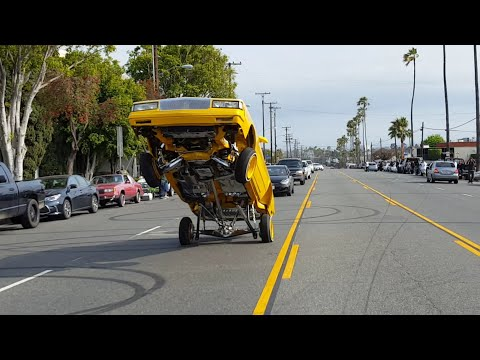 Low riders on Broadway in Compton
