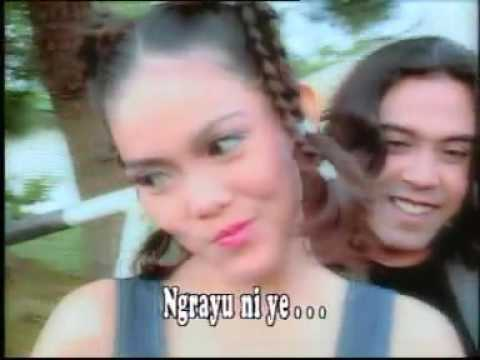 Rambut Hitam Kepang Dua Oa Muklas Ade Putra (Golden Hits 80an Vol.10   bung Deny)