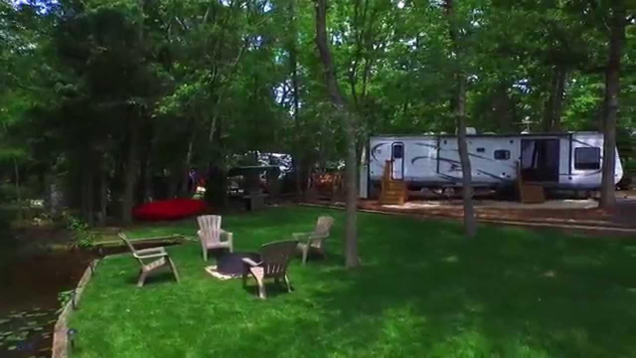 Hospitality Creek Campground & Swim Club :: Williamstown
