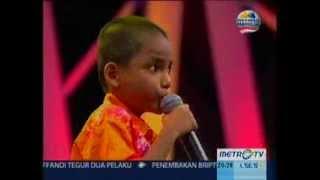anak sakti berkebutuhan khusus yang lucu dan pandai menyanyi