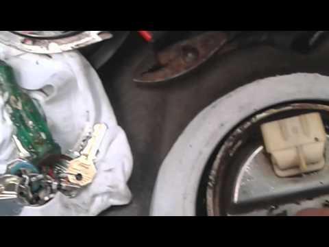 Cambio de Repuesto de Bomba de Gasolina | FunnyCat.TV