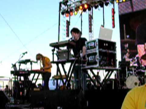 Owl City - Rainbow Veins (Sasquatch '09)