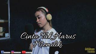 CINTA TAK HARUS MEMILIKI - ST12 (COVER ESHELLA OFFICIAL)