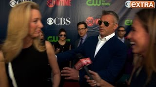 friends reunion on the red carpet at the cbsshowtime tca event