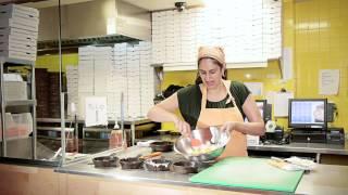 Cafeteria-style Macaroni & Cheese Recipe : Mac & Cheese Recipes