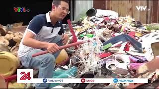 Cận cảnh kho rác thải ven biên giới - Tin Tức VTV24