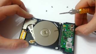 Laptop's hard drive disassembly. Samsung HM641JI.
