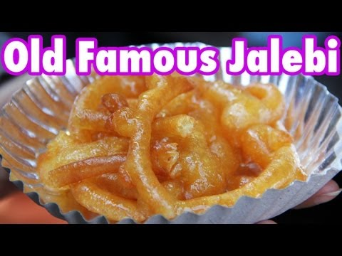 Old Famous Jalebi Wala - Indian donuts dripping with sweet syrup!