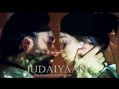HOT!!  Poonam Pandey & Paras Singh Minhas    Villain Turn Into A Singer    Judaiyaan