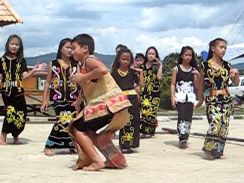 2011 Kelabit Culture and Food Festival dancing performance Travel Video