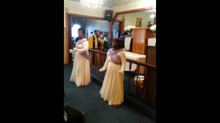 Draw me close praise dance by marvin winans