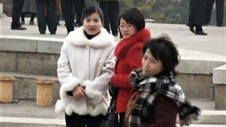 北朝鮮の現代文化事情。平壌のコンサートホールにみなおしゃれしてくる。(モランボン楽団の演奏) チャンネル登録のお願い・subscribe please→URL ...