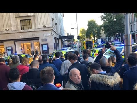Man arrested after two people stabbed at Kensington office Mp3