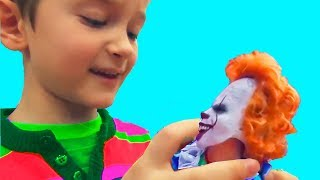 DAVID REDUCED CLOWN! Unexpected adventure in toy shop! Kids Pretend Play