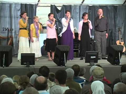 Bontrager's Singing at the PA Auction - Gospel Express