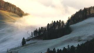 Fog in the Mountains | 4K Relaxing Screensaver