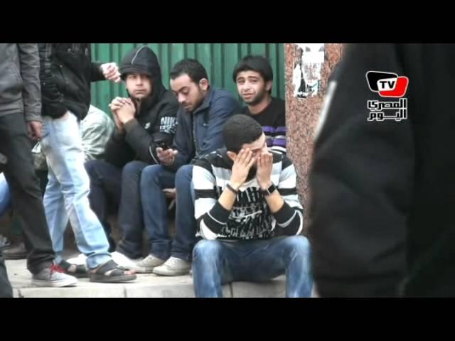 «مجزرة بورسعيد»: أمام «المشرحة» الأهالي ينتظرون الجثث
