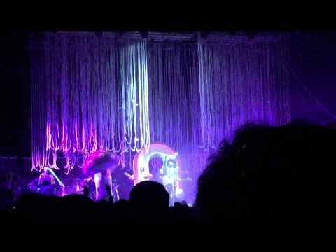 Beale Street Music Festival 2015 - Flaming Lips Opening Song - Abandoned Hospital Ship