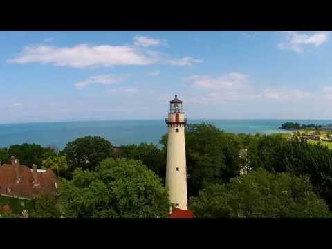 Grosse Point Lighthouse  Evanston, IL  Dji Phantom 2 Vision + Flyover