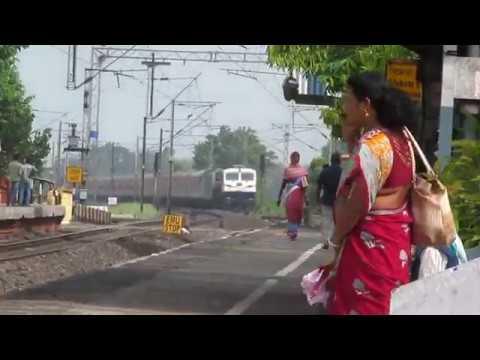 22501 - KSR Bengaluru - New Tinsukia Weekly SF Express || HWH WDP-4D || Indian Railways