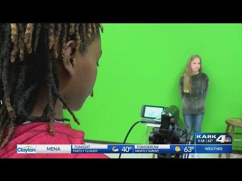 Little Rock elementary school produces its own newscast