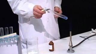 Качественная реакция на альдегиды с гидроксидом меди(www.paramitacenter.ru., 2011-01-16T16:24:25.000Z)