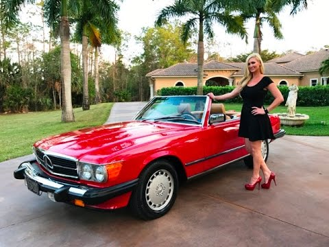sold 1986 mercedes benz 560sl r107 low miles 18 099. Black Bedroom Furniture Sets. Home Design Ideas