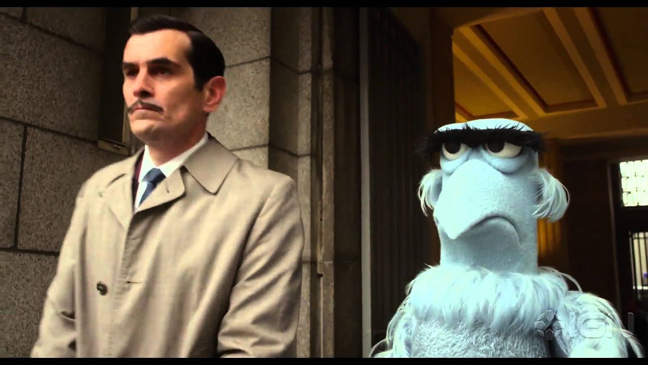 "Muppets Most Wanted: ""Interpol Headquarters"" Clip - YouTube"