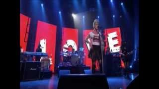 P!nk - True Love (Live iTunes Festival 2012)