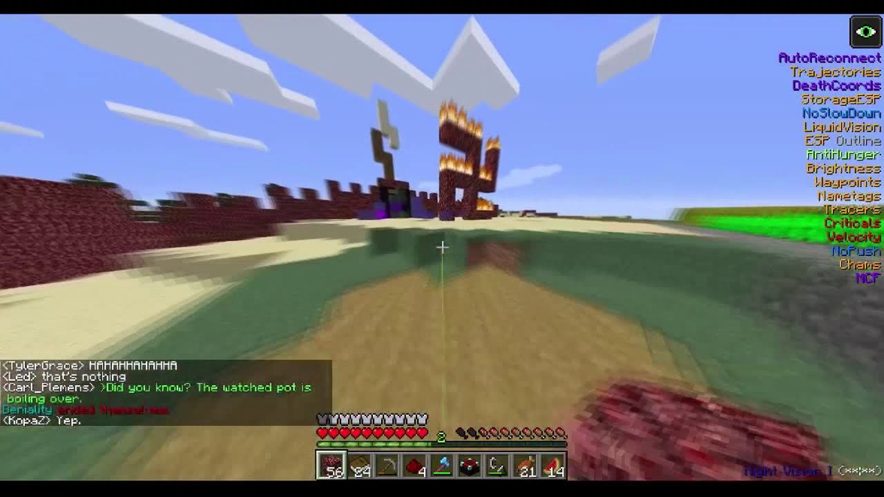 2b2t: Pandasauce's Bed Base Destroyed by Tavux