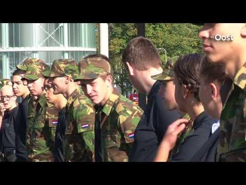 Hoog militair bezoek bij opening nieuw gebouw Deltion College in Zwolle