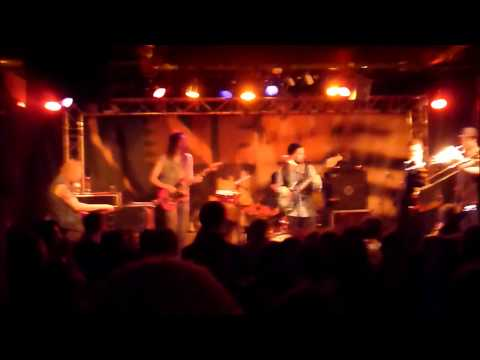 "NICOLE WILLIS & THE SOUL INVESTIGATORS - "" Now I Can Fly "" @ New Morning 12-2-2013"