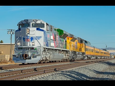 4K - The Spirit of Union Pacific! Epic Chase of UP #1943 Along the Sunset Route - 11/18/17