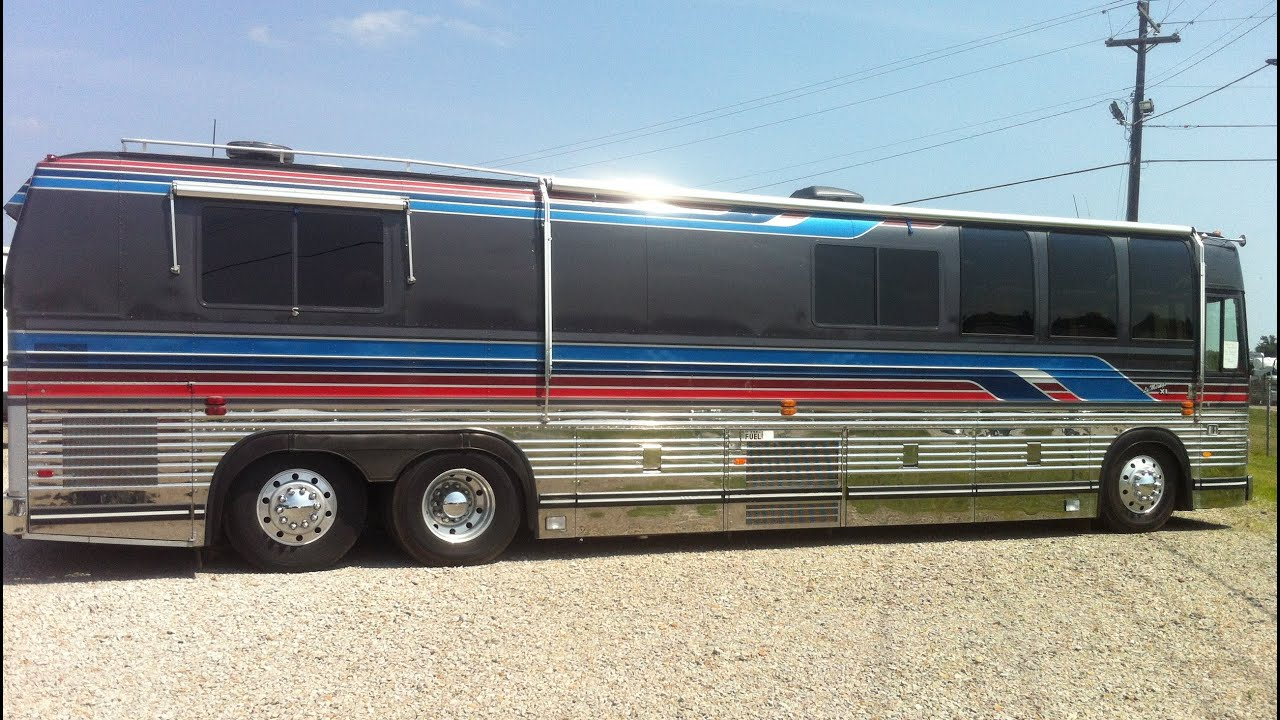 Prevost Motorhome Le Mirage XL 1986 360 degrees walk around the bus and  inside stabilized