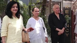 FUNERAL OF DIRECTOR KALPANA LAJMI, attand sabana aazmi ,film director
