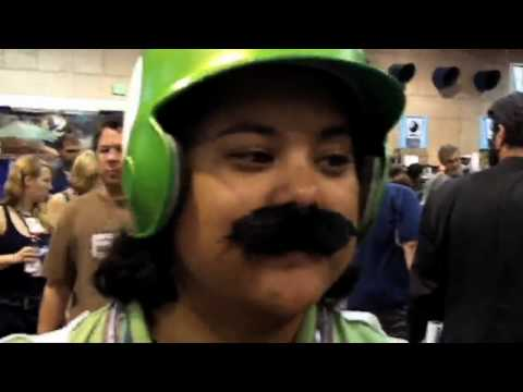 HISHE at Comic Con 2010 - Day 4 - Summary from YouTube · Duration:  4 minutes 1 seconds