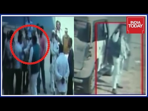 SP Worker Vandalises And Loots Money From Cold Storage In Kanpur | Caught On Camera