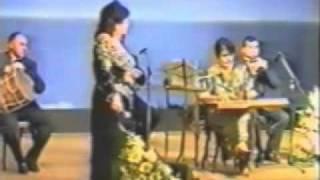 Armenian Song  Achket Khoomar (Ofelia Hampardzumian).mp4