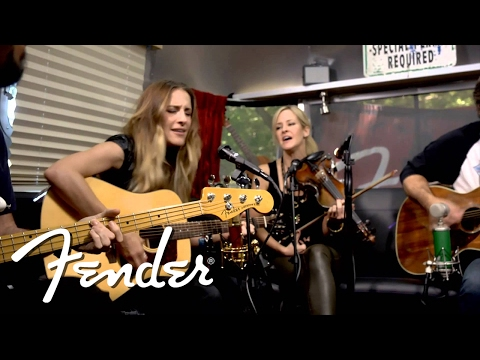 "Court Yard Hounds Perform ""Amelita"" 