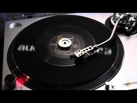 Robert Knight  Everlasting Love Rising Sons 705 45 rpm
