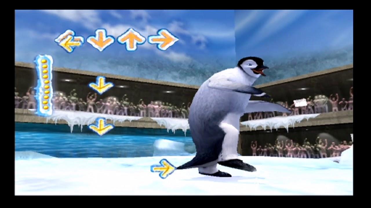 Penguin hops for joy at his Edinburgh Zoo enclosure ... |Happy Feet Zoo Aquarium