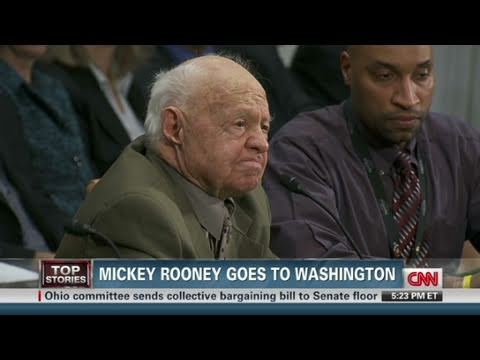 CNN: Mickey Rooney teary over elder abuse
